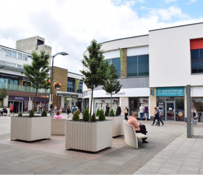 Shopping area Corby with planters